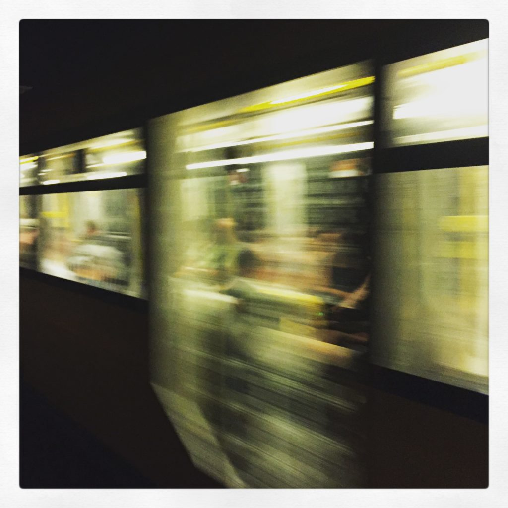 Es rauschen die U-Bahnen aus dem Regelbetrieb an uns vorbei