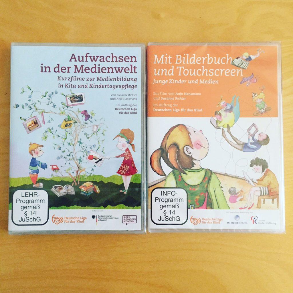 Mit Bilderbuch und Touchscreen