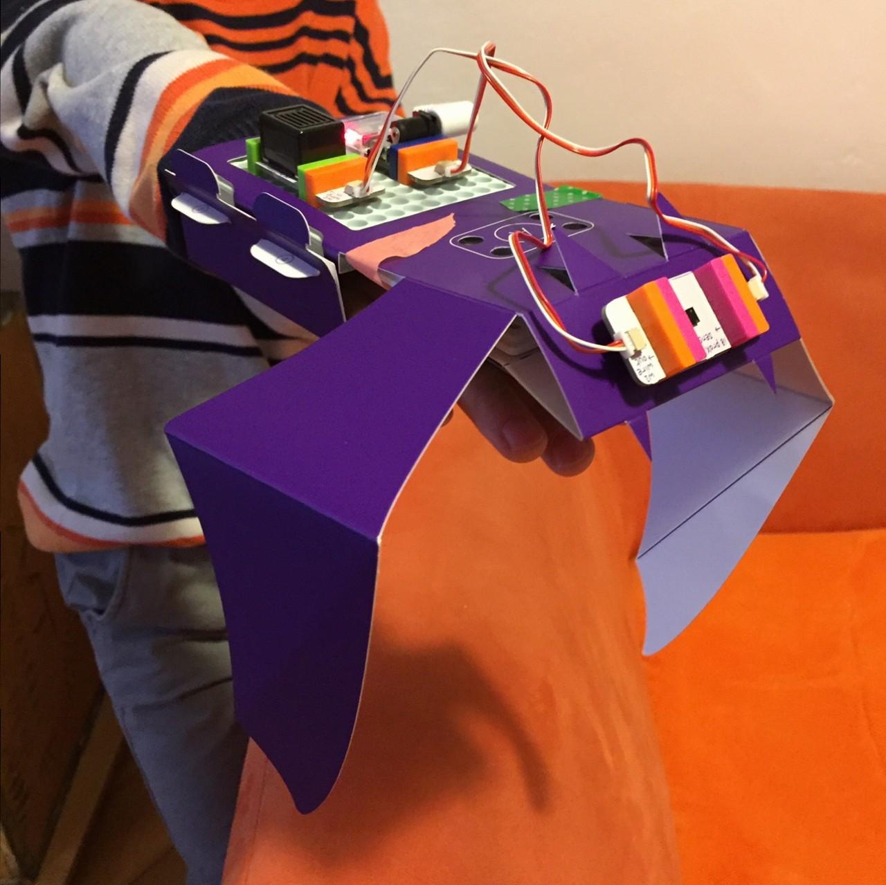 malvorlagen roboter queen  kinder zeichnen und ausmalen